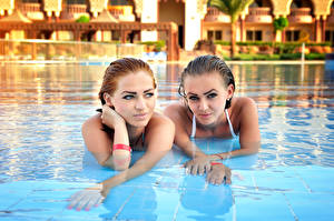 Image Spa town 2 Pools Face Glance Hands young woman