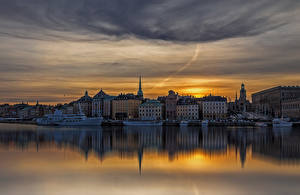 Hintergrundbilder Stockholm Schweden Haus Flusse Abend Bootssteg Schiffe