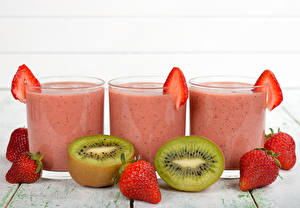Image Drinks Juice Strawberry Kiwi Highball glass Three 3 Food