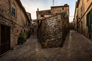Fotos Mallorca Spanien Haus Straße Valldemossa