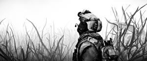 Fotos Soldaten Militär Schutzhelm Battlefield 4 Amerikanisch Schwarzweiss Gras computerspiel 3D-Grafik