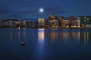 Bilder Stockholm Gebäude Flusse Schweden Nacht Mond