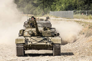 Images Tanks T-72 Russian T-72M