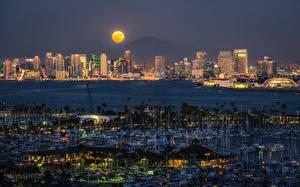 Bilder USA Haus Flusse Bootssteg Segeln Yacht San Diego Nacht Mond