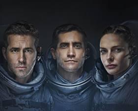 Bureaubladachtergronden Astronaut Ryan Reynolds Drie 3 Life 2017, Jake Gyllenhaal, Rebecca Ferguson film Beroemdheden Jonge_vrouwen
