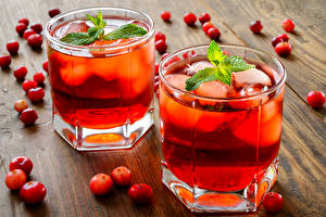 Images Drinks Cranberry Highball glass Two Foliage Mentha Food