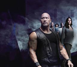 Bakgrundsbilder på skrivbordet Fast Furious 8 Dwayne Johnson Michelle Rodriguez Vin Diesel En man Skallig film Kändisar