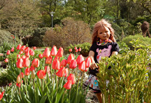 Wallpaper Germany Parks Spring Tulips Doll Little girls Grugapark Essen Nature