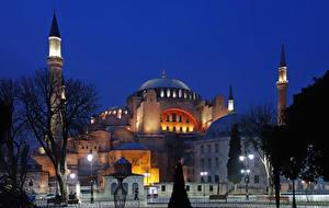 Bakgrundsbilder på skrivbordet Istanbul Turkiet Tempel Kväll Gatubelysning