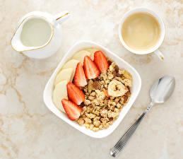 Bilder Müsli Kaffee Milch Erdbeeren Frühstück Kanne Tasse Löffel