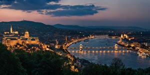 Bilder Budapest Ungarn Haus Fluss Brücke Nacht Megalopolis Städte