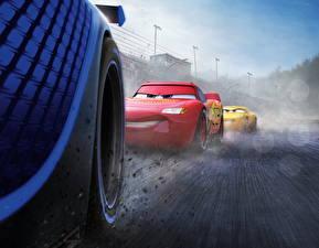 Bureaubladachtergronden Cars 3 Van dichtbij Een wiel Lightning McQueen, Cruz RamireJackson Stormz Cartoons
