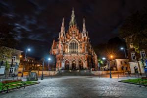 Images Krakow Poland Temples Church Night time Street lights Street Saint Joseph Catholic Church Cities
