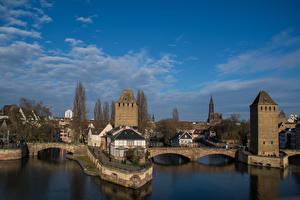 Fotos Straßburg Frankreich Gebäude Flusse Brücken Himmel