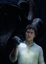 Pictures The Mummy 2017 Tom Cruise Man film Celebrities