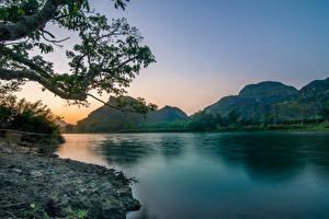 Bilder Vietnam Flusse Abend Gebirge Landschaftsfotografie Ast Natur