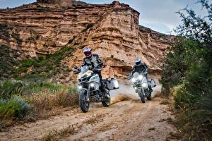 Hintergrundbilder Ducati Motorradfahrer Zwei Felsen Helm 2017 Multistrada 1200 Enduro Pro Motorrad