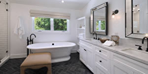 Photo Interior Design Bathroom Window Mirror