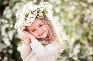 Hintergrundbilder Kleine Mädchen Lächeln Gesicht Hand Süß Kinder