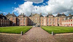 Bureaubladachtergronden Nederland Paleis Gazon Het Loo Palace Guelders een stad