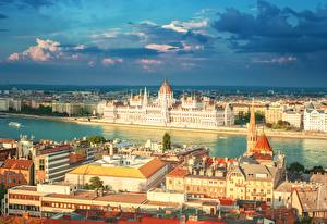 Bilder Flusse Haus Budapest Ungarn Hungarian Parliament Building Städte