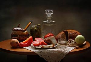 Images Still-life Bread Tomatoes Onion Vodka Allium sativum Bell pepper Salo - Food Shot glass Food