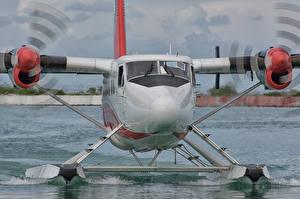 Fotos Großansicht Wasserflugzeug Vorne