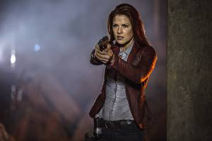 Desktop wallpapers Resident Evil: The Final Chapter Pistol Ali Larter Claire Redfield film Celebrities Girls