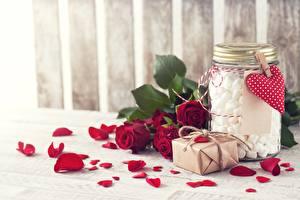 Desktop wallpapers Roses Petals Jar Marshmallow Flowers