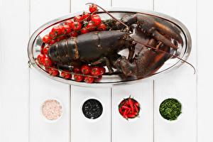 Hintergrundbilder Meeresfrüchte Hummerartige Tomate Gewürze Bretter Lebensmittel