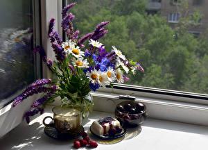 Hintergrundbilder Stillleben Kamillen Lupinen Kirsche Milch Speiseeis Fenster Vase Tasse Lebensmittel