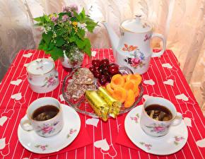 Bilder Tischtermine Tee Flötenkessel Frühstück Tasse