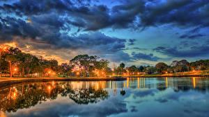 壁纸、、アメリカ合衆国、夕、空、公園、池、フロリダ州、木、街灯、雲、Tarpon Springs、自然