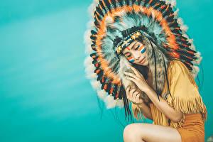 Hintergrundbilder Warbonnet Federn Indianer Schön Mädchens