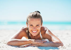 Images Beach Brown haired Smile Teeth Hands Girls