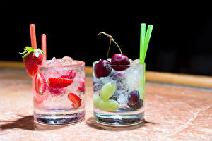 Pictures Drinks Cherry Strawberry Highball glass 2 Food
