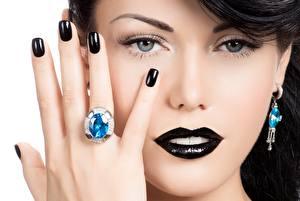 Hintergrundbilder Finger Hand Maniküre Schminke Schwarz Gesicht Ring Model Blick Nase junge frau