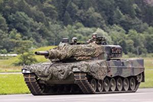 Bureaubladachtergronden Leopard 2 Tanks Camouflage Duitse