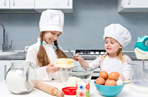 Wallpapers Little girls 2 Cook Egg Jar Smile Children