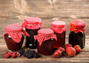 Bilder Konfitüre Erdbeeren Brombeeren Himbeeren Weckglas