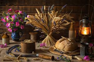 Hintergrundbilder Stillleben Brot Petroleumlampe Sträuße Schmuckkörbchen Ähre Becher Lebensmittel