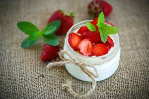 Wallpapers Strawberry Yogurt Jar Bow knot Food
