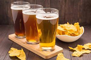 Bilder Bier Trinkglas Drei 3 Kartoffelchips