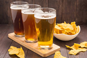 Pictures Beer Highball glass Three 3 Chips Food