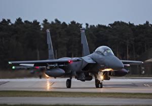 Fotos Flugzeuge Jagdflugzeug Bomber F-15E, Strike Eagle, McDonnell Douglas