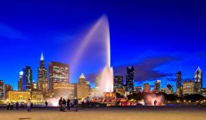 Fotos Vereinigte Staaten Gebäude Springbrunnen Chicago Stadt Nacht Buckingham fountain