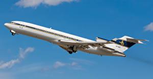 Hintergrundbilder Boeing Flugzeuge Verkehrsflugzeug Flug Start Luftfahrt Boeing 727-200 HZ-AB3 Luftfahrt