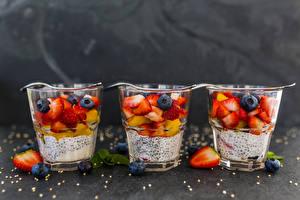 Image Yogurt Berry Blueberries Highball glass Three 3 Food