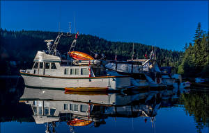 Pictures Canada Berth Powerboat Evening Reflected Coombe British Columbia