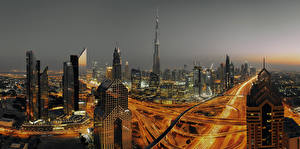 Bakgrunnsbilder De forente arabiske emirater Dubai Bygninger Skyskrapere Natt en by